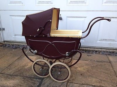 vintage-triang-pedigree-dolls-pram-barn-find