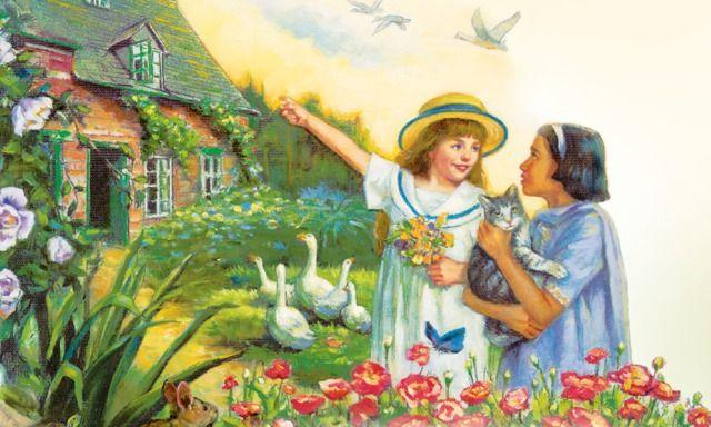 Deux filles jouent près d'une maison dans un jardin avec des fleurs, des arbres et des animaux