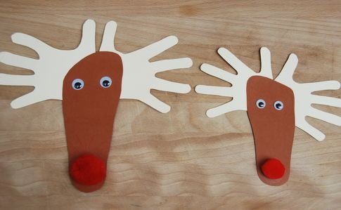 hands and feet reindeer