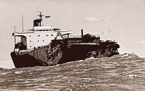 Sygna, Stockton Beach, NSW, 1974