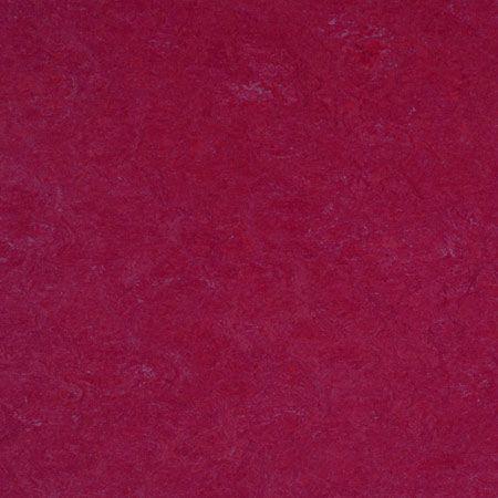 Forbo Marmoleum Click PANEL raspberry