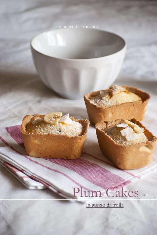 Mon petit bistro cup cakes with banana and coconut pastry shell