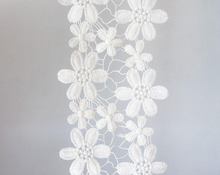 2002_White floral lace 11.5 cm, Delicate lace trim, Off white ribbon lace, Floral lace border, Wedding lace ribbon, Wide lace trim_1.6 m. by PurrrMurrr on Etsy