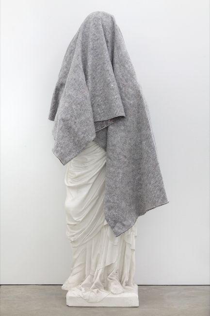 Klaus Weber Elisabeth in Folds