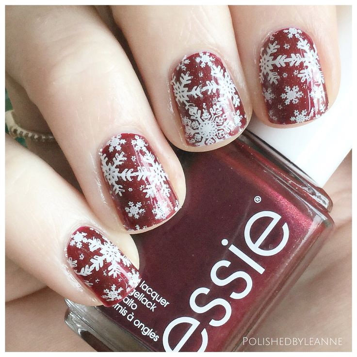 Thigh High by @essie with snowflake stamping using @bornprettystore BP-01