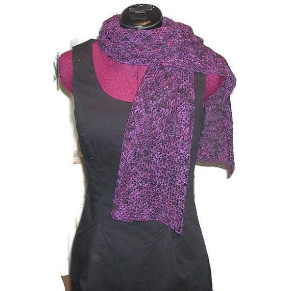 Scarf, handmade in hand dyed superwash wool. EU SELLER