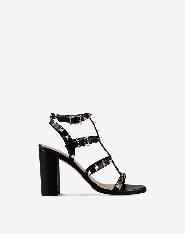 Are you looking for Valentino Garavani Rockstud Sandal? Find out all the  details at Valentino Online Boutique and shop designer icons to wear.