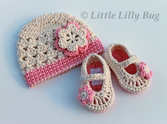 Crochet Baby Booties and Hat Set with Flowers in Cream and Pink, Cotton, size 3-6 months, READY to SHIP