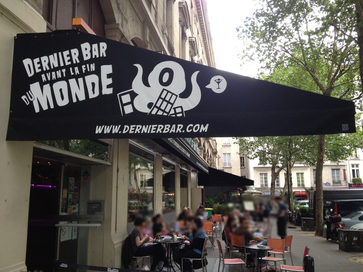 Le dernier bar avant la fin du monde a ouvert à Paris !  #Bar #Paris #Insolite #Geek