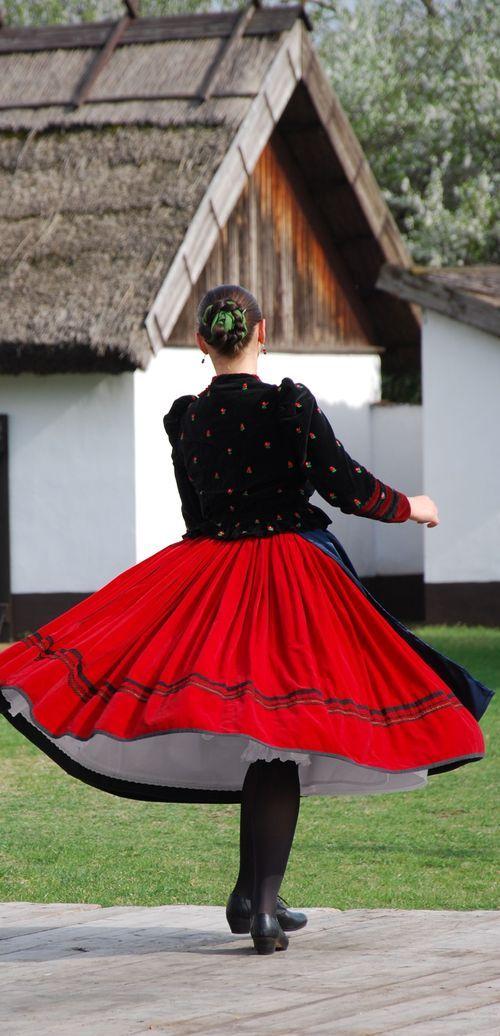 photoblog.com/pimi  Hungarian folk dancers
