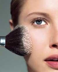 Kako pravilno staviti puder/podlogu na lice. Pročitaj više na linku: http://oriflamebyiva.blogspot.com/2012/08/kako-pravilno-nanijeti-puder.html