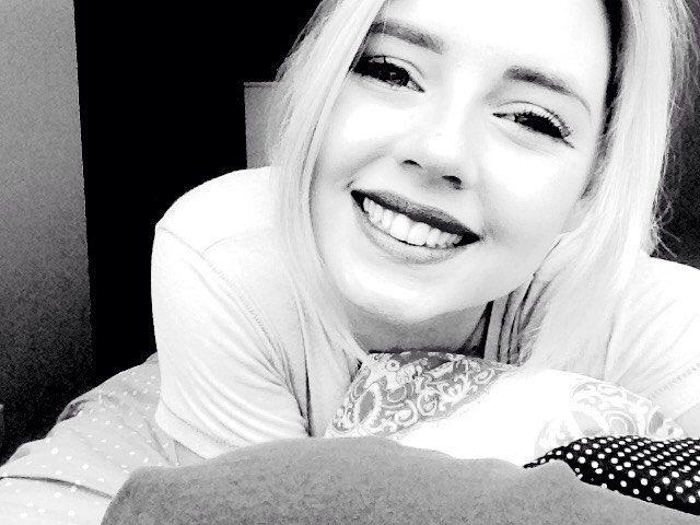 Cheeseeeee  #smile #aupair #polishgirl #happy #awkward #lol #noeyes