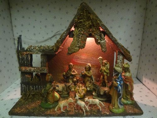 Vintage Christmas Nativity Set Figures Wood Creche Manger Stable Barn Italy  1950