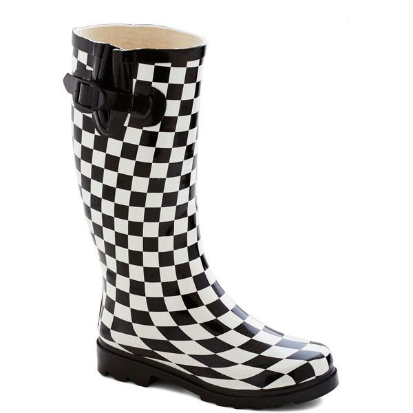 ModCloth Statement Chess for Success Rain Boot (53 BGN) ❤ liked on Polyvore featuring shoes, boots, boot - bootie, flat boot, varies, rubber boots, black and white boots, flat rain boots, ankle boots e wellington boots