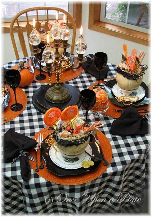 386 best Halloween Table Settings images on Pinterest | Halloween ...