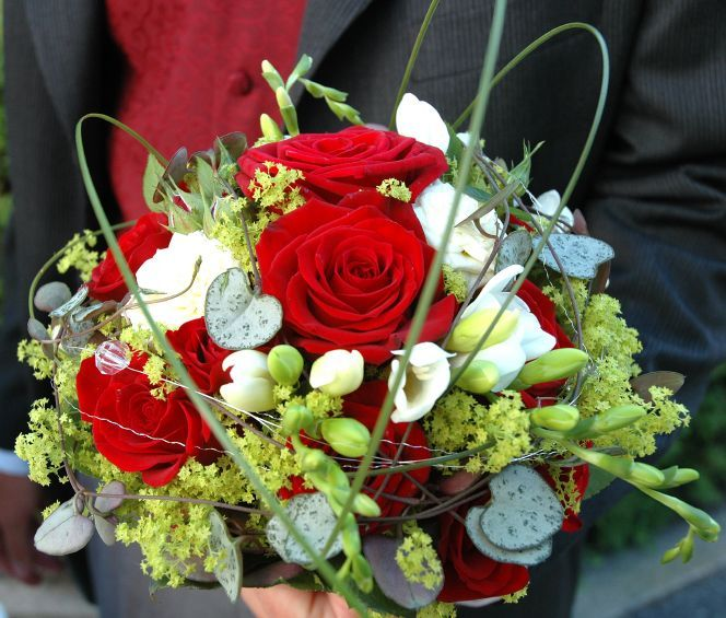 Christmas Wedding Bouquets And Flowers: 49 Best Christmas Weddings Images On Pinterest
