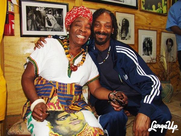 Snoop & Rita Marley