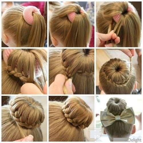 Öğrenci Kız Çocukları için Saç Modelleri-Okula giden Kız çocuklarının derli toplu toplanmış hem okul kültürüne uyum hem rahat edecekleri Okul Saç Modeli için Sünger Topuz tokası ile nasıl saç Model…