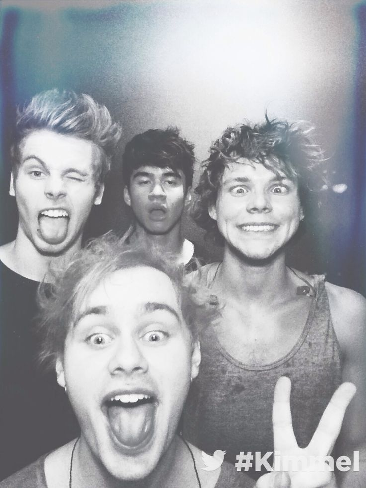 Anyone wanna join my 5SOS board??? Just follow me and comment that u did and i will add u! xxx