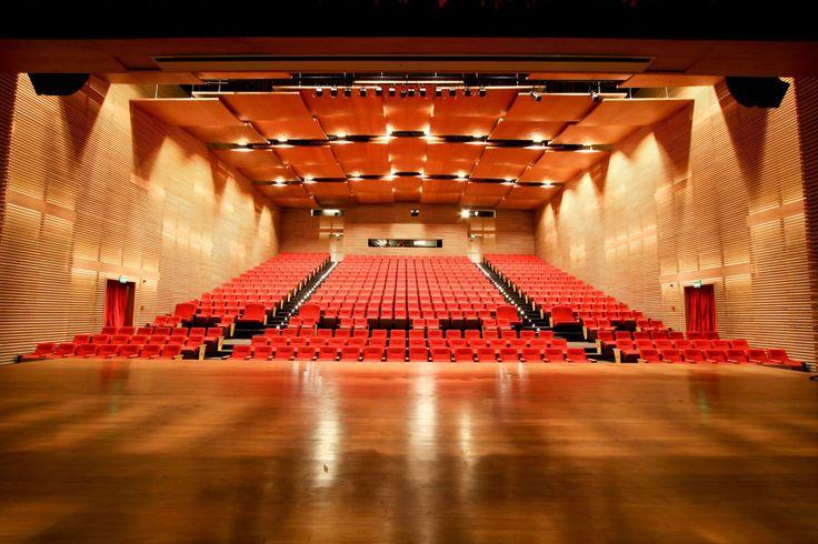 Letícia Spiller, Marcos Caruso, Tereza Cristina e Fernando Soler são algumas das atrações de abril do Teatro Iguatemi Campinas. Confira: Teresa Canta Cartola: Um poeta da Mangueira – Acompanh…