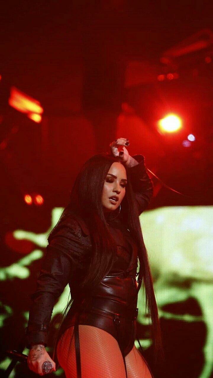 Demi Lovato Tell Me You Love Me Tour Demi Lovato Pictures Demi
