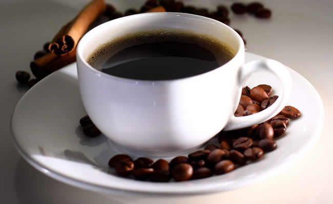 Väčšina z nás pije kávu celý život zlým spôsobom
