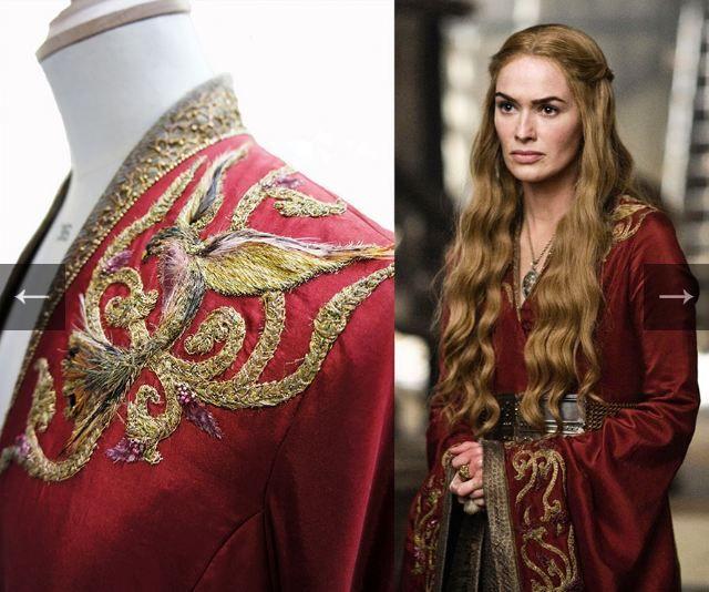 CERSEI LANNISTER  M.C. Cersei con indosso un kimono riccamente decorato, del colore rosso tipico di casa Lannister. Iniziamo anche a vedere l'inizio di quel modo di vestirsi che va a mimare l'armatura (la cintura di metallo) che andrà a accentuarsi più avanti: vorrebbe così tanto essere nata uomo.