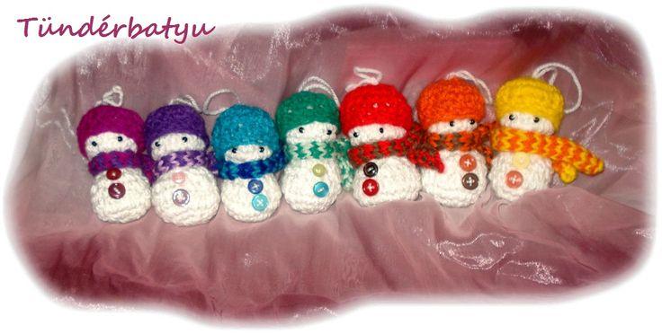 Rainbow snowmen