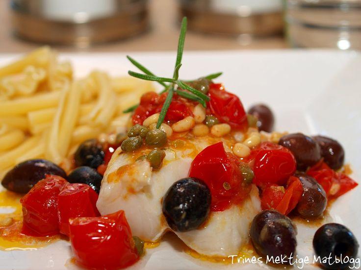 Dampet torsk med middelhavsaus