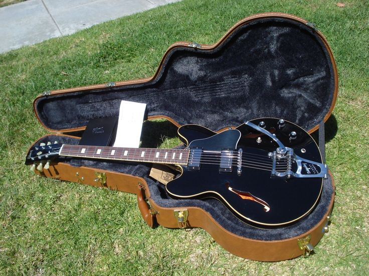 Gibson ES-330L ES-330 Black ES-335 Factory Humbuckers Bigsby Block Inlays w/ COA
