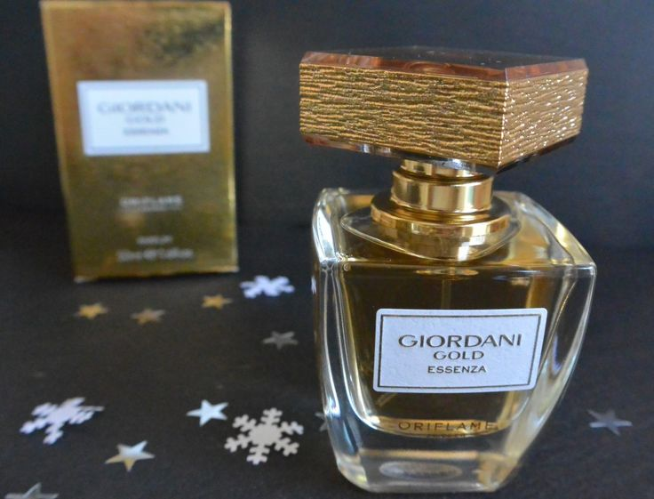 Giordani Gold Essenza by Oriflame http://frinis-test-stuebchen.de/2015/12/oriflame-swedish-cosmetics-milk-honey-giordani-gold-essenza-the-one-eyeshadow-stick-bb2g-oriflame/