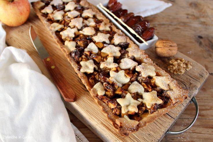 Crostata speziata alle mele, noci e datteri | 2 Amiche in Cucina