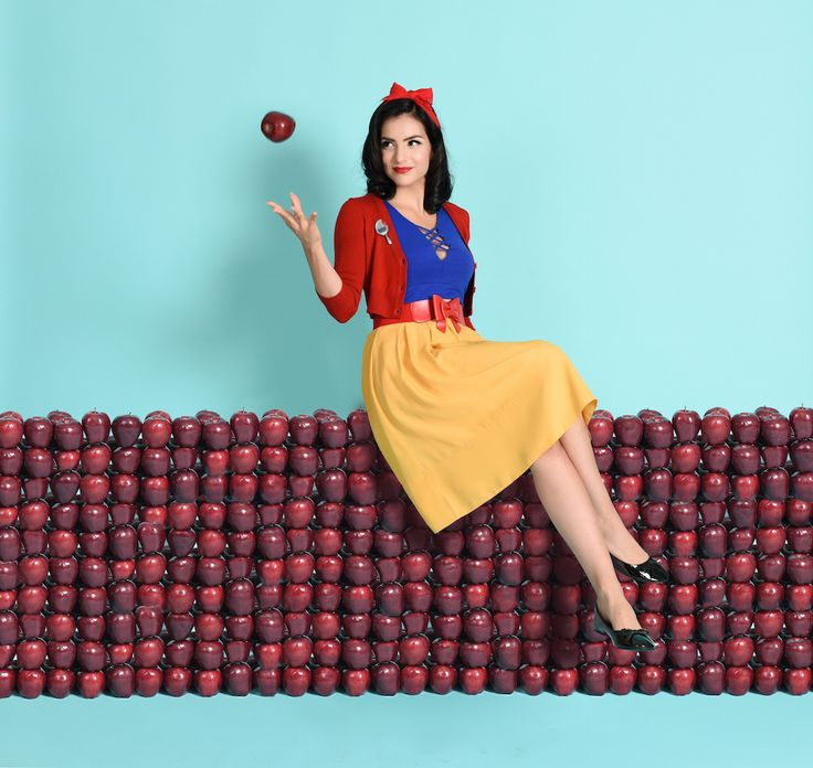 This online store is a DisneyBounder's dream come true | Unique Vintage | Snow White fashion | [ https://style.disney.com/shopping/2016/07/15/unique-vintage-disneybound/ ]