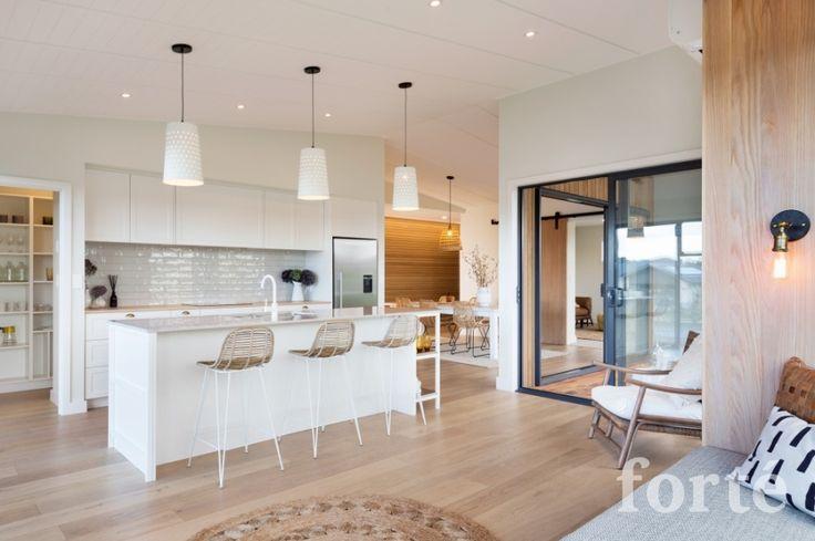 Smartfloor: Blond Oak - Wooden Floors | Laminate Flooring | Hardwood Flooring | Flooring Accessories | Engineered Wood Floor Underlay
