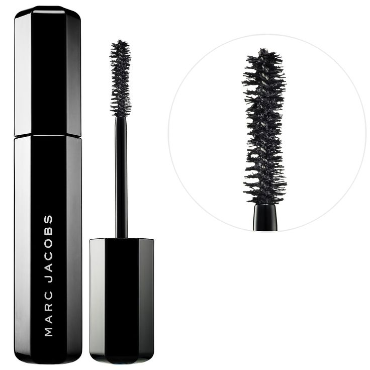 Shop Marc Jacobs' Velvet Noir Major Volume Mascara at Sephora. The volumizing mascara that delivers instant volume and lift.