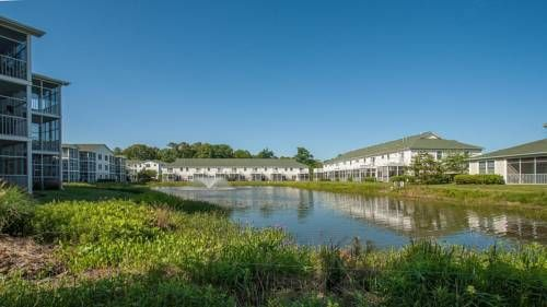 The Tides 107 Condo Rehoboth Beach (Delaware) The Tides 107 Condo offers accommodation in Rehoboth Beach, a few steps from Rehoboth Beach and 600 metres from Rehoboth Beach Boardwalk. The air-conditioned unit is 800 metres from City of Rehoboth Beach Convention Center.