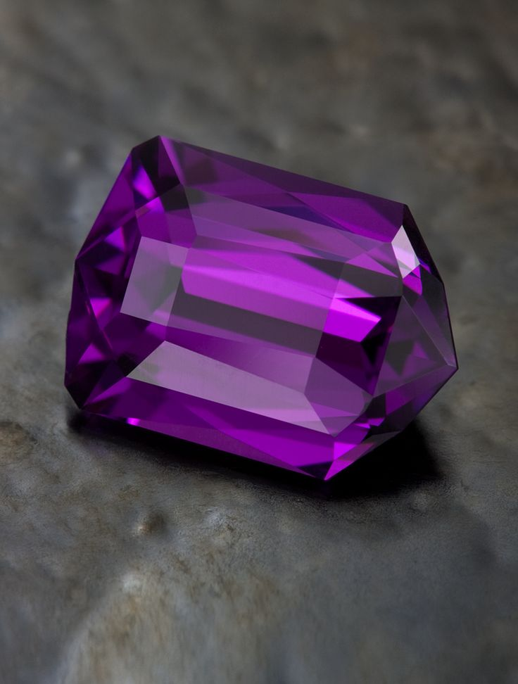 Damocles in Purple Tanzanian Garnet • 2.70 carats • Jeffrey Hunt • Precision Gemstone Design jeffreyhunt.com: