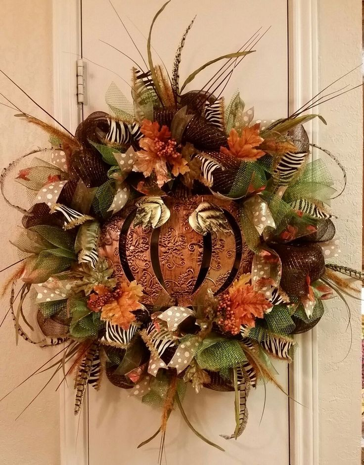fall wreath ideas 25 best ideas about fall mesh wreaths on 31640