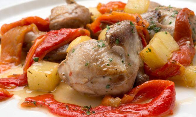Receta de Codornices, patatas y pimientos