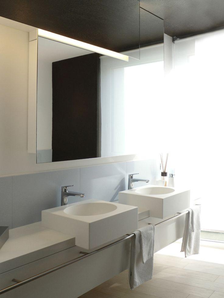 Oltre 25 fantastiche idee su specchio con piastrelle su pinterest cornici in piastrella per - Piastrelle in bagno ...