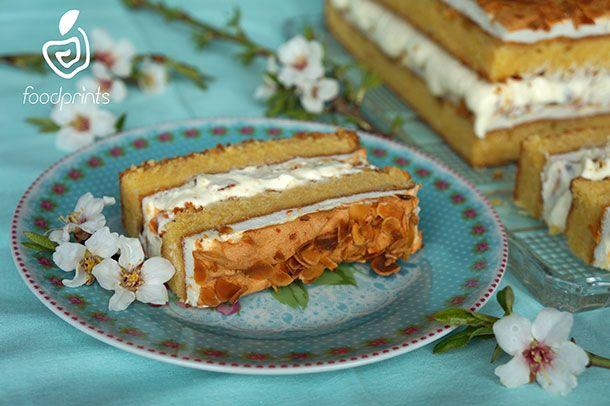 ΚΕΙΚ ΑΜΥΓΔΑΛΟΥ ΜΕ ΜΑΡΕΓΚΑ ΚΑΙ ΚΡΕΜΑ ΛΕΥΚΗΣ ΣΟΚΟΛΑΤΑΣ http://www.foodprints.gr/?recipe=kik-amigdalou-me-maregka-ke-krema-lefkis-sokolatas#