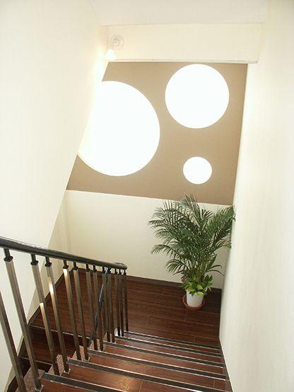 MI-Ne_stairway