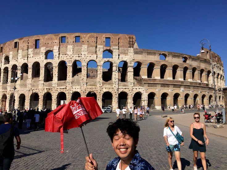 Sunny happy day   Colosseo, Roma
