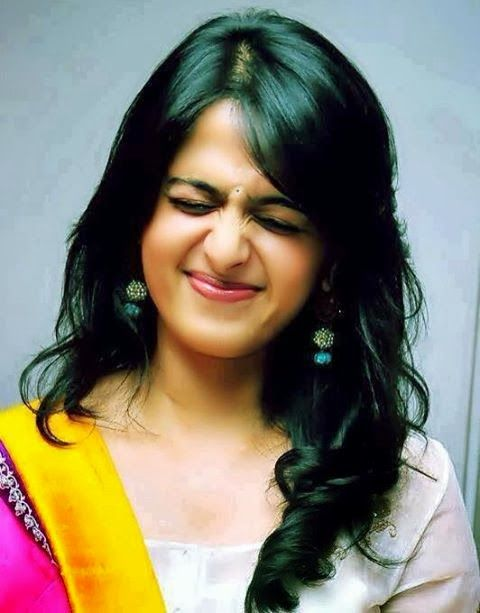 Anushka Shetty- anushka,anushka hot,anushka photos,Latest News,movies,Wallpapers,Photos, Videos: anushka close up photos