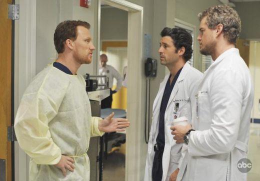 Grey's Anatomy TV Spoilers | Grey's Anatomy Spoilers: Lesbian Lovin' and Major McHottie - TV ...