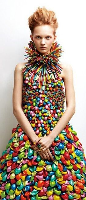 Seriously creative! Inspiring all kinds of thoughts. I'm going to use this someday. Don't know how, but I will! Balloons! Who knew?!