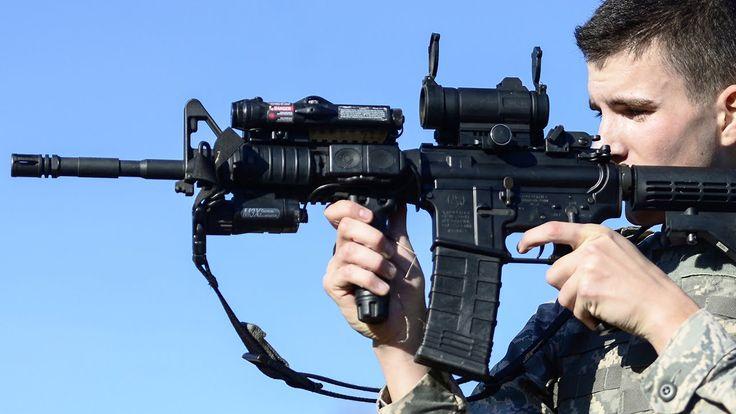 US Marines Shooting The M4 Carbine Like Boss