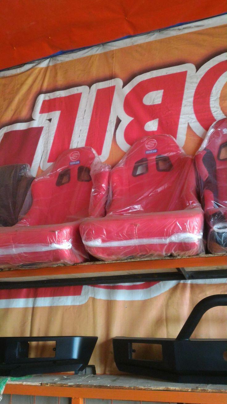 jual jok sparco -model bucket -bahan kain -harga sepasang kiri kana +rell -bisa utk semua mobil, tomato wtc 082210151782