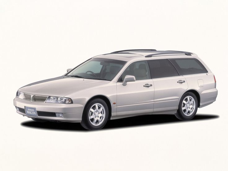 Mitsubishi_Diamante_Wagon_1997