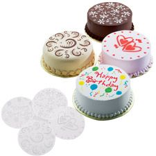Use Swirl Stencil Design In Frosting On Cake